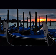 the next morning blues... (klaus53) Tags: venice sunrise nikon venezia gondole morningblues blinkagain