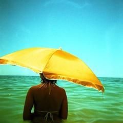 รูปเก่า เล่าใหม่  #เมื่อเช้าฝนตกหนักมาก #ตกบ่ายแดดแรงอากาศร้อน #อากาศแบบนี้น่าใส่บีกินี้ไปทะเล #ภูเก็ต #me #phuket #thailand #life #lifestyle #like #love #sea #fin #happy