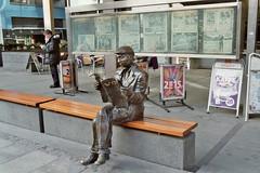 VG-mannen (ekvator13) Tags: winter oslo newspaper sculture canona1 vg fujicolorpro400h