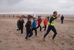 marathon 2013-143.jpg (Zandvoort Life) Tags: sea holland beach boys netherlands socks marathon nederland runners barefeet zandvoortaanzee runningtights scheveningentozandvoort