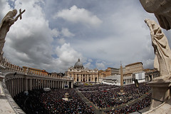 Roma: Missa do Domingo de Pscoa (galeriapt.gaudiumpress) Tags: pope vatican rome roma easter square catholic traditional pascua vaticano papa tradition vat mass sanpedro misa holiness santidad catolico tradicional eastersunday benediction bendicion domingodepascua stpeterplaza gustavokralj gaudiumpress urbietorbe
