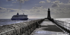 Dfds Seaways Ferry and Tynemouth Lighthouse (David.Summerside) Tags: sea lighthouse ferry north tynemouth dfds