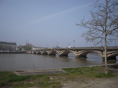 PONT SUR L'ADOUR (marsupilami92) Tags: frantzia frankreich france paysbasque euskalherria aquitaine labourd 64 euzkadi bayonne adour fleuve pont pyrénéesatlantiques zb