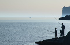 Fisher Family (jayneboo) Tags: family sea water silhouette coast fishing haze coastline mallorca canon18200