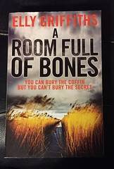 A Room Full of Bones-Elly Griffiths (chestnutgrey) Tags: sarahoettli chestnutgrey iphone iphone6 apple appleiphone6 appleiphone iphoneography hamilton newzealand book books novel novels fiction aroomfullofbones ellygriffiths