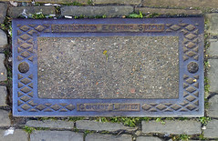 Doing it for ourselves (Camperman64) Tags: scarborough seaside resort yorkshirecoast scarboroughelectricsupplycompany inspectioncover utility independent setts cobbles