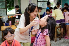 DSC_0564 (roger528852momo) Tags: 2016           little staff person explore summer camp hokuzine ever worker china youth corps ying qiao elementary school arduino robot food processing workshop taipei taiwan roger huang roger528852momo