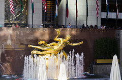 Frequent Flyer (Bill in DC) Tags: nyc ny newyork newyorkcity 2016 rockefellercenter 30 rock art prometheus