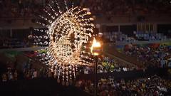 A queda do mascote na Rio 2016! (Leonardo Martins) Tags: video ivetesangalo jogosparalmpicos rio2016 agito agitos anisolmpicos arosolmpicos anel aro olimpadas pira pyre piraolmpica olympic olimpics riodejaneiro rj brasil brazil bresil brasilien brsil rio450 brasil2016 brazil2016 sudeste regiosudeste regiaosudeste podeacar paodeacucar cristoredentor sugarloaf christtheredeemer copacabana ipanema tropical praia beach carnaval carnival mulher woman mulata mar areia palmeira sea sand palm natureza nature amrica america amricadosul southamerica sudamerica baadeguanabara baiadeguanabara baia baa bay cidademaravilhosa cidadedesosebastiodoriodejaneiro brazilianwoman cidadedesaosebastiaodoriodejaneiro florestadatijuca brasileira 450 smboloparalmpico design designparalmpico tom maracan mascote