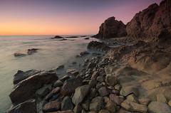El refugio de mi alma (Aristides Daz) Tags: mar amanecer rocas reflejos cielo prpura sigma 1020 cabodegata