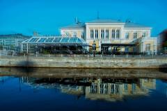Reflection (Maria Eklind) Tags: skeppsbron bridge street reflection spegling city cityscape blue mlarbron bro water sweden cityview malm kanal streetview canal europe outdoor buildings skneln sverige se
