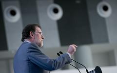 Mariano Rajoy, clausura el mitin de cierre de campaa del PP vasco (Partido Popular) Tags: pp partidopopular rajoy marianorajoy alfonsoalonso elecciones eleccionespasvasco vitoria 25s