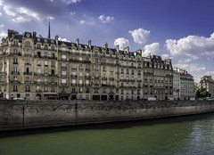 Quai aux Fleurs, Paris (Sorin Popovich) Tags: quay river seine riverseine paris iledefrance architecture blueskies nopeople capitalcities faade day outdoors clouds europe eu