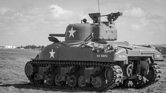 DSC07591 (regis.verger) Tags: jeep willys 1944 seconde guerre mondiale amricain char sherman cholet halftrack