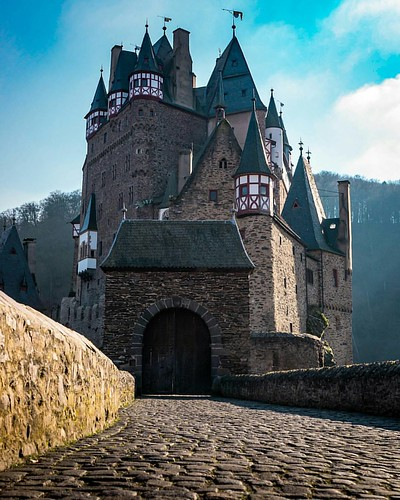 German castles are 👌 Would you go in?