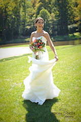 adina frilly bloomers florist greenvile, sc wedding_010 (sposabellaphotography) Tags: florist bouquet centerpieces bridalbouquet greenvillescweddings bottonierres