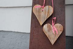 2 Hearts (Been Around) Tags: linz hearts austria sterreich spring europa europe heart eu herz obersterreich autriche bckerei frhling aut herzen o upperaustria 2hearts pfarrplatz a linzanderdonau linzatthedanube naturbackstubehoneder honederlinz pfarrplatzlinz