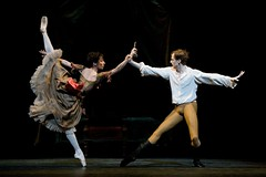 <em>Mayerling</em> dance highlight: the Bedroom <em>pas de deux</em>