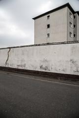 Der Riss (duesentrieb) Tags: wall architecture germany deutschland europa europe cityscape surrealism surreal architektur wolfsburg mauer niedersachsen lowersaxony tumblr