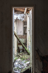 GB-15 (StussyExplores) Tags: abandoned pub decay local exploration derelict ruinous rurex