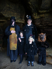 WGW April 2013 cave (The Lure of Salvage) Tags: girls wolf weekend gothic goth wave best doctor whitby cave top10 salvage captaincook topten americangothic wolfboy recommended wgw fascinator 2013 april2013 lureofsalvage doctorsalvage