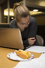 Hot Dog Study Break_051213_0044 (Luther College _ Photo Bureau) Tags: dog hot college zach spring student break towers miller study finals week zachary professor professors volunteer faculty semester luther volunteerism 2013 dieseth stottler 20122013