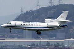 Private / Bosideng / Dassault Falcon 7X / N1216K / 05-19-2013 / HKG (Mohit Purswani) Tags: canon photography hongkong aviation airplanes landing 7d planes arrival hkg clk planespotting cheklapkok hkia privateaircraft hongkongsar civilaviation businessjet hongkonginternationalairport canonphotography corporatejet cheklapkokairport aviationphotography corporateaviation vhhh dassaultfalcon falcon7x bosideng businessaviation privateaviation dassaultfalcon7x canon7d narrowbody 7dphotography canon7dphotography narrowbodyaircraft n1216k