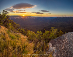 Sublime Morning Panorama (Gary Hayes) Tags: rescue point fire australia bluemountains valley helicopters sublime megalong