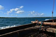 Setting off by wooden dhow to Songo Mnara from Kilwa Masoko (2) (Prof. Mortel) Tags: tanzania dhow kilwamasoko songomnara