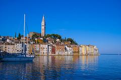 Early Morning at Rovinj (helluvastar) Tags: rovinj kroatien croatia istria istrien sommer summer 2016 coast blue sky ship harbour