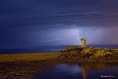 Orage - Trvignon (29) (Explore) (Ronan Bzh) Tags: trvignon bretagne tregunc storm orage phare night finistre tamron 1750mm nikon d7100 cellule foudre arc nuit matin landscape sea seascape