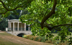 Tea House Bridge (Tim Ravenscroft) Tags: tea house bridge audleyend gardens