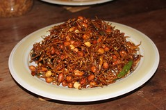 Sambal goreng teri + kacang (diastu SB) Tags: fish teri peanuts spicy fried indonesianfood anchovy kacang sambalgoreng