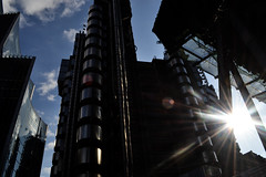 transformer (jamesalemons) Tags: architecture thecityoflondon lloydsoflondon