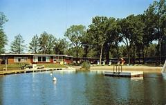 Thunderbird Resort Motel Lake Delton WI (Edge and corner wear) Tags: lake beach wisconsin swimming vintage pc sand inn postcard sandy motel lodge chrome area raft motor dells