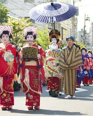 OIRAN DOCHU -  (ajpscs) Tags: festival japan japanese tokyo prostitute pins parade  nippon entertainer  kimono obi procession asakusa hairstyle complex matsuri dori  geta skill highclass courtesan servants combs yoshiwara oiran tayuu  patronise ajpscs 10    ichiyozakurakomatsubashi  oirandouchu  ichiyouzakuramatsuri edo16001868 yoshiwarapleasure komageta mitsuashi sanmaibageta hachimoji   edo courtesan yjo    tokyo japan