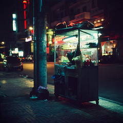 Food Stand (kenny ip) Tags: 2 120 6x6 film night mediumformat slide 1600 vietnam hasselblad baguette pushed fujichrome provia e6 foodstand nhatrang carlzeiss 501cm bnhm vitnam 400x 80mmf28 planart push2stops 2stops kennyip