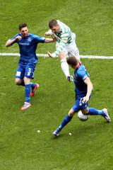 aIMG_2071 (paddimir) Tags: scotland football glasgow soccer thistle celtic spl title inverness caledonian parkhead