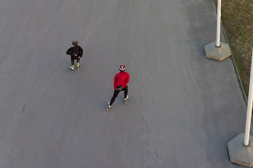 Speedskaters