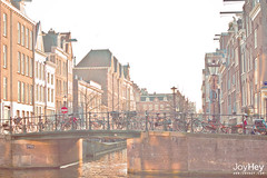 "Amsterdam Canal • <a style=""font-size:0.8em;"" href=""https://www.flickr.com/photos/41772031@N08/8685140151/"" target=""_blank"">View on Flickr</a>"