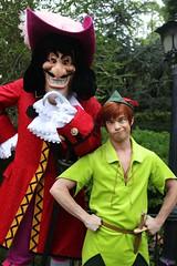 Peter Pan and Captain Hook (Visions Fantastic) Tags: disneyland peterpan disney captainhook facecharacter