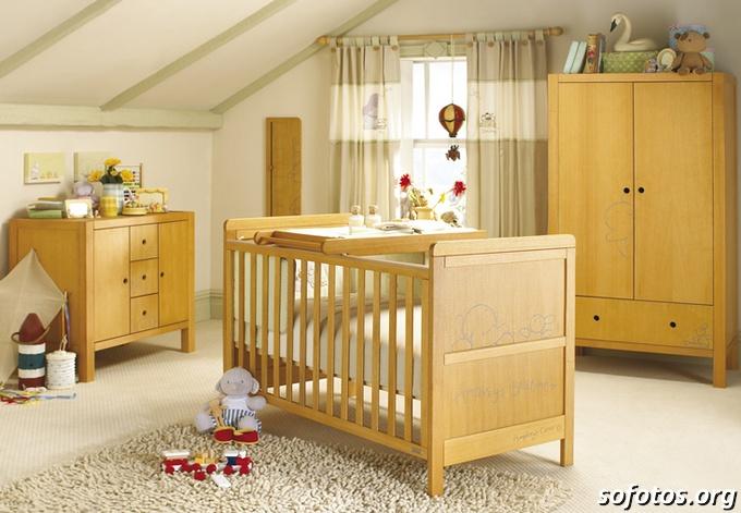 quarto de bebê em madeira