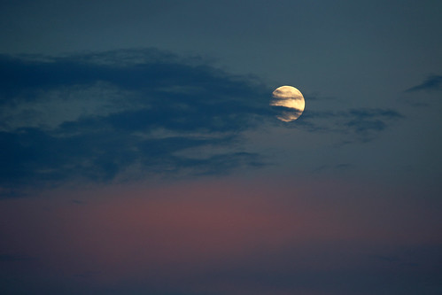Sturgeon Moon 8-16-16_9433