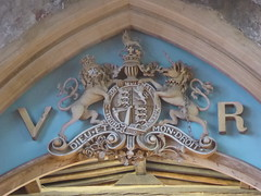 Royal Arms of Queen Victoria, Bottesford (Aidan McRae Thomson) Tags: bottesford church leicestershire royalarms sculpture heraldic