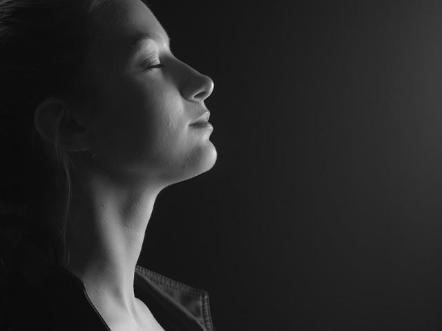 魅力的な女性の体の特徴8コ・なる方法|本/映画/仕事/オーラ