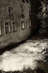 Augsburger Kanle (AD2115) Tags: fnffingerlesturm kahnfahrt schwedenstiege hessing hessingburg wasserturm wasser stadt city fugger