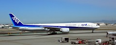 09192016_012 (ALOHA de HAWAII) Tags: ana allnipponairlines airplane sanfranciscoairport ca