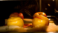 Baked apples in sugar (Valery Parkhomenko) Tags: nikon d610 arsat 50mm 50 abstract food apple sugar oven colors kitchen indoor
