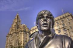 Paul McCartney (Liverpool) (Billy McDonald) Tags: hdr paulmccartney liverpool statue thebeatles