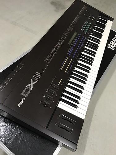 YAMAHA DX5 DX7-2c.